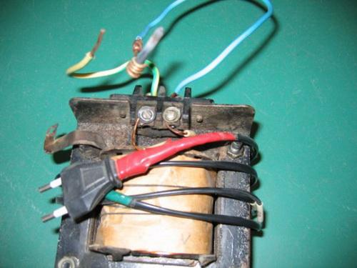 Как производится сварка проводов в распределительной коробке инвертором 4