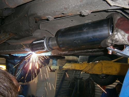 Сварка автомобиля инвертором - быстрая сварка рамы автомобиля 5