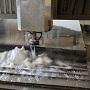 Резка металла водой - видео гидроабразивной резки металлов 1
